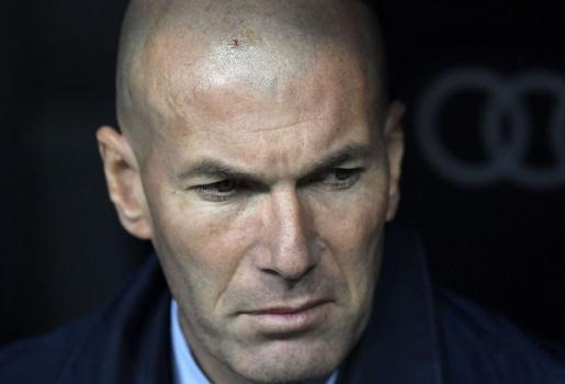 Quan điểm chuyên gia: Real không nên sa thải Zidane