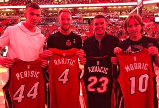 Nghỉ tập, Modric rủ rê đồng bọn đi xem bóng rổ