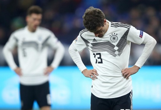 Không chỉ xuống hạng, 'thảm họa' thật sự của người Đức chuẩn bị đến sau đêm nay