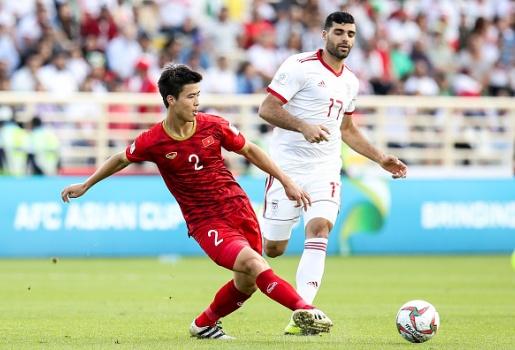 Hàng thủ Việt Nam lại nhận hung tin sau trận thua Iran
