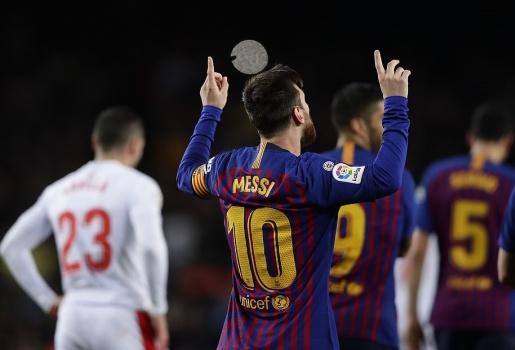 Điểm nhấn Barca 3-0 Eibar: M.U tan nát hi vọng; Messi sắp đuổi kịp Ronaldo