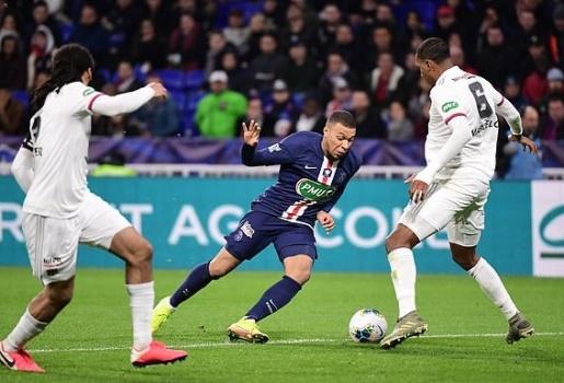 Mbappe solo từ giữa sân ghi hattrick, PSG hủy diệt Lyon bàn tay nhỏ