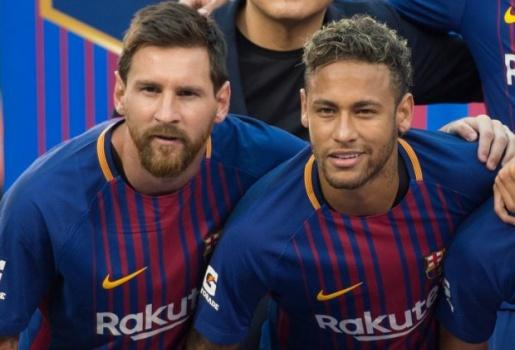 Về mặt đó, Messi vẫn thua Neymar