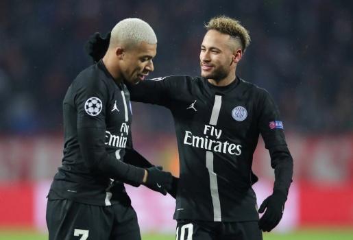 Giữa mùa COVID-19, Neymar, Mbappe méo mặt sau lời đề nghị của Chủ tịch PSG