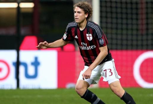 Những thành công bất ngờ từ việc trẻ hóa của AC Milan