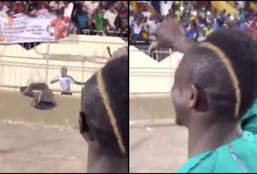 Sadio Mane vùi dập đám đông với biểu ngữ Koulibaly gia nhập Man Utd