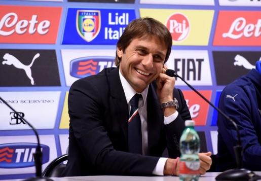HLV Conte không giấu được sự vui sướng sau chiến thắng thuyết phục trước ĐT Bỉ. Ảnh: Internet.