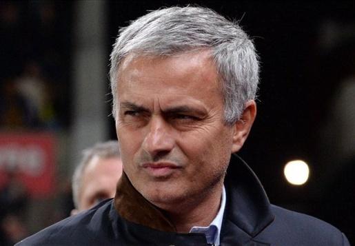 Mourinho sẽ giữ Fellaini ở lại M.U. Ảnh: Internet.