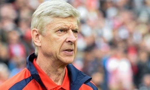 Wenger nên ở lại Arsenal