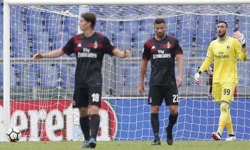 AC Milan thua đậm: Nhà giàu bắt đầu... khóc - Bóng Đá