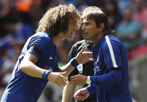 Thắng Man Utd, HLV Conte dằn mặt David Luiz - Bóng Đá