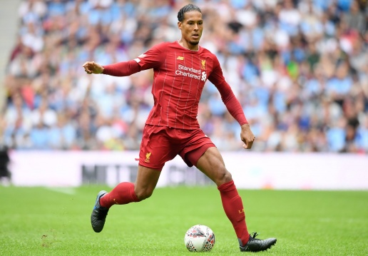 Virgil van Dijk was dribbled past today for the first time since March 2018 - Bóng Đá