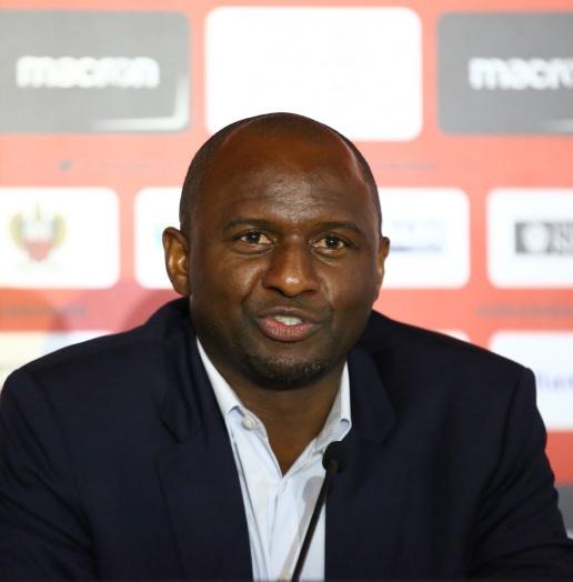 CHÍNH THỨC: Huyền thoại Arsenal dẫn dắt CLB Ligue 1 - Bóng Đá