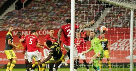 Paul Scholes chỉ trích gay gắt 1 cái tên nơi hàng thủ Man United   Bóng Đá