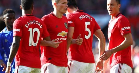 Cầu thủ Man Utd đó khiến Vardy chẳng có nổi một cơ hội tử tế | Bóng Đá