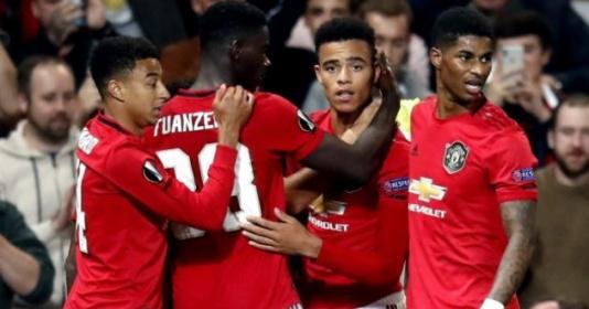 Sao Man Utd bị chỉ trích: Không thể đá như thế được | Bóng Đá