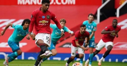 Vì sao Rashford thay Fernandes thực hiện penalty? | Bóng Đá