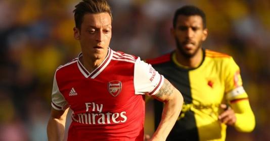 Arsenal thi đấu như một đội bán chuyên | Bóng Đá