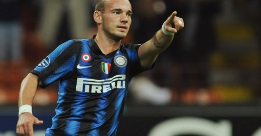 Sneijder: Tôi có thể có một sự nghiệp như Ronaldo hay Messi nhưng...   Bóng Đá