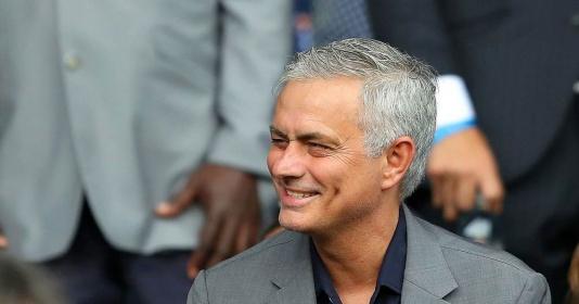 Mourinho quay trở lại Premier League