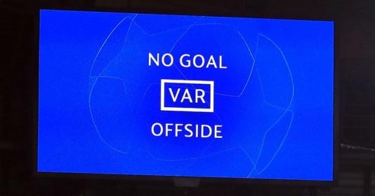 """VAR sẽ chặn đứng sự hấp dẫn của Premier League"""