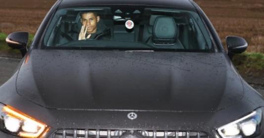 Sao Man Utd đến Carrington: Người sắp chia tay, kẻ vừa thoát hiểm