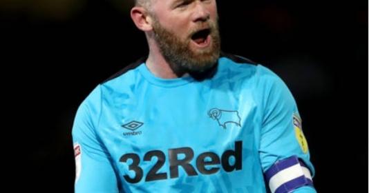 Rooney ghi bàn ra mắt, CLB dính thẻ đỏ thua đội bét bảng | Bóng Đá