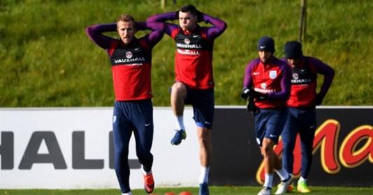 Bị chê ''yếu'', Harry Kane hì hục tập luyện trước mặt Southgate | Bóng Đá