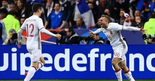 Barcelona mua lại Deulofeu, bán ngay cho Milan