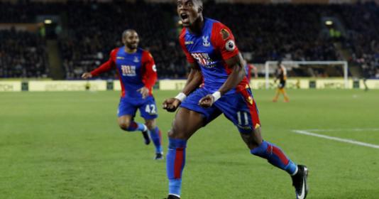 Man City nhảy vào tranh Zaha, Spurs tăng tiền lên 25 triệu bảng