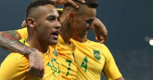 "Liverpool muốn ""Brazil hóa"" bằng Ronaldinho mới"