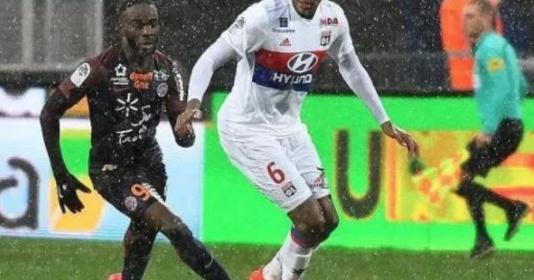 """Sau vòng 28 Ligue 1: Lyon """"sa lầy"""", Monaco bay cao"""