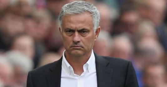 Man United sẽ thi đấu với đội hình nào trước Derby?