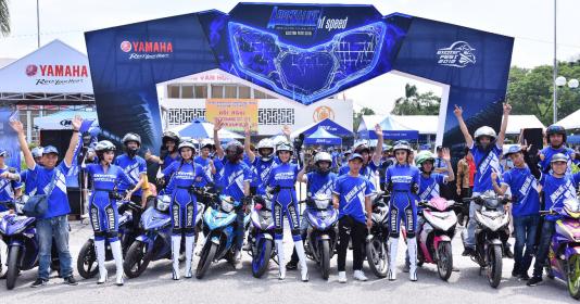Biệt đội Yamaha Exciter Angels hào hứng khám phá Exciter 150 mới | Bóng Đá