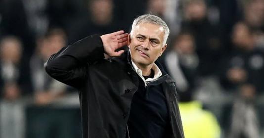 """""""Mourinho luôn làm đủ trò để khiến mọi người chú ý"""""""