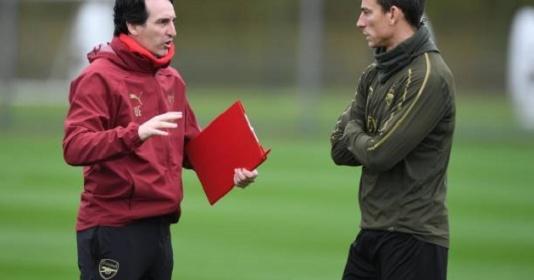 """Thua thảm Liverpool, Emery nổi nóng """"sấy"""" từng trung vệ Pháo thủ"""