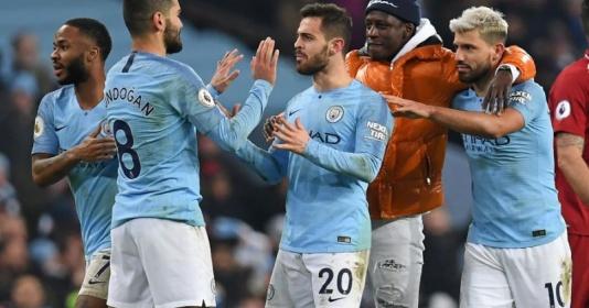 Trong cả năm 2018, Man City hay Liverpool đỉnh hơn? | Bóng Đá