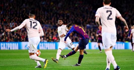 Lập siêu phẩm, Coutinho có pha ăn mừng đầy thách thức