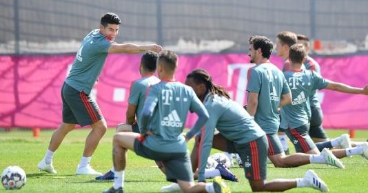 Hummels, James trở lại tập luyện, Bayern mở cờ trong bụng | Bóng Đá