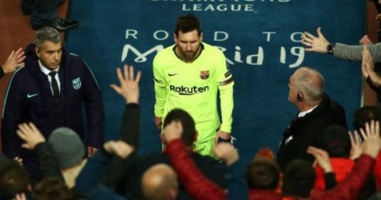 Tiết lộ: Bị chỉ trích, Messi nói 1 điều khiến CĐV Barca lặng thinh | Bóng Đá