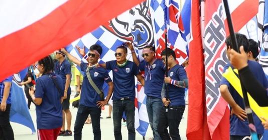 Báo thù Ấn Độ, CĐV ủng hộ Thái Lan cực nhiệt tại chảo lửa Chang Arena | Bóng Đá