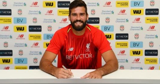 """Góc hồi ức: Liverpool đã tìm được """"Găng tay vàng"""""""