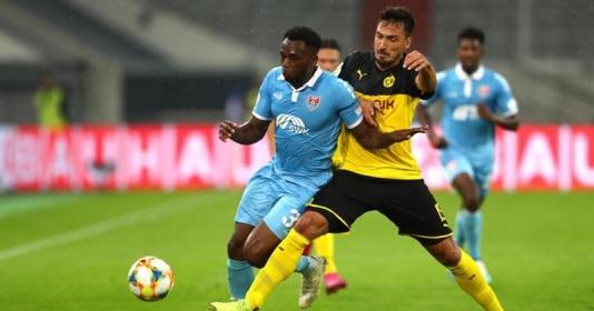 Sau khoảng thời gian dài, Hummels cũng đã trở lại thi đấu cho Dortmund