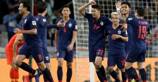 """5 điều rút ra từ danh sách sơ bộ ĐT Thái Lan: Tội đồ King""""s Cup, kỷ lục gia Thai-League"""