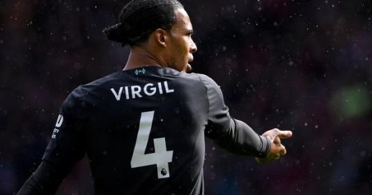 Đồng đội tiết lộ điểm yếu khó tin của Van Dijk | Bóng Đá