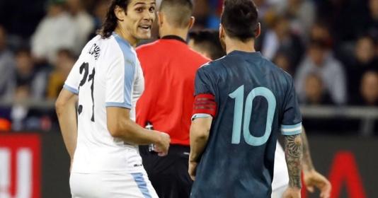 SỐC! Messi hẹn Cavani tẩn nhau trong đường hầm   Bóng Đá