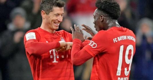 Alphonso Davies khen ngợi Lewandowski ghi tiền đạo hàng đầu   Bóng Đá