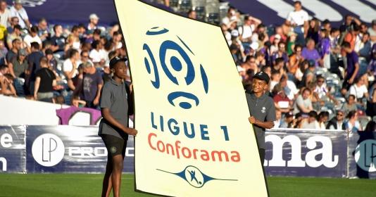 """Học theo Tottenham, Lyon """"mượn gió bẻ măng"""" gửi yêu sách lên BTC Ligue 1"""