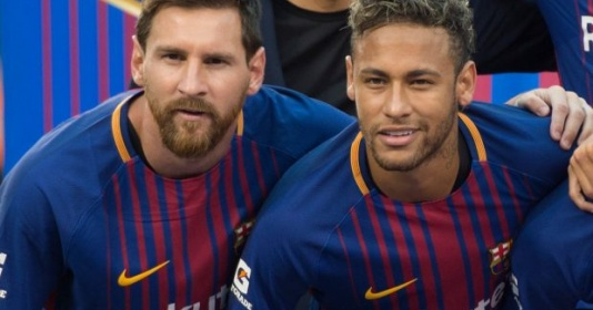 """Về mặt đó, Messi vẫn thua Neymar"""
