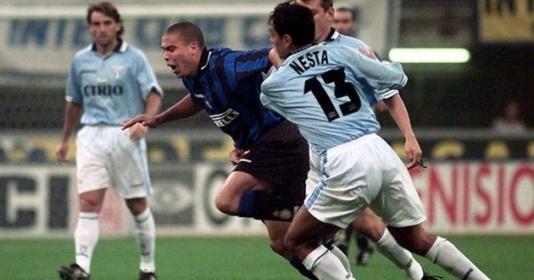"""""""Ronaldo và Nesta là thần tượng của tôi"""""""